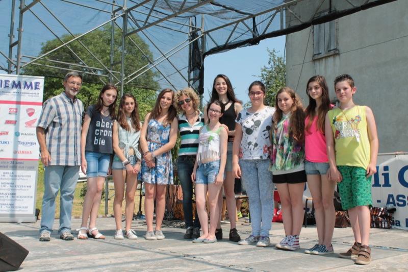 festa d'istituto Pisano 2015-37.JPG