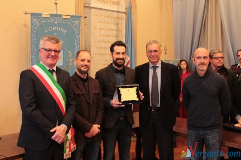 Luca Ragazzoni, il Sindaco Fabrizio Barbieri, il dottor. Della Corte e alcuni collaboratori Crimedim